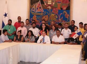 Presidente Cortizo Cohen establece diálogo con estudiantes para ampliar consultas de reformas constitucionales
