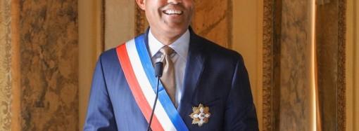 Gobierno panameño condecora a Mariano Rivera