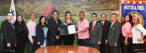 Convenios colectivos ratificados por Mitradel garantizan la paz laboral