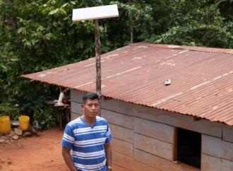 Luz en Casa: sistemas fotovoltaicos para dar una solución de electricidad sostenible a comunidades rurales aisladas
