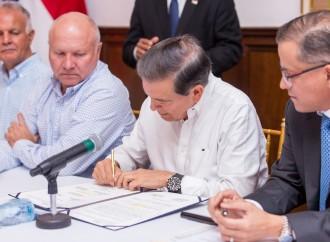 Ejecutivo firma convenio con productores como parte de la Campaña Panameño, con Orgullo, Consume lo Tuyo