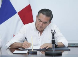 Presidente Cortizo Cohen sanciona ley que unifica el 911