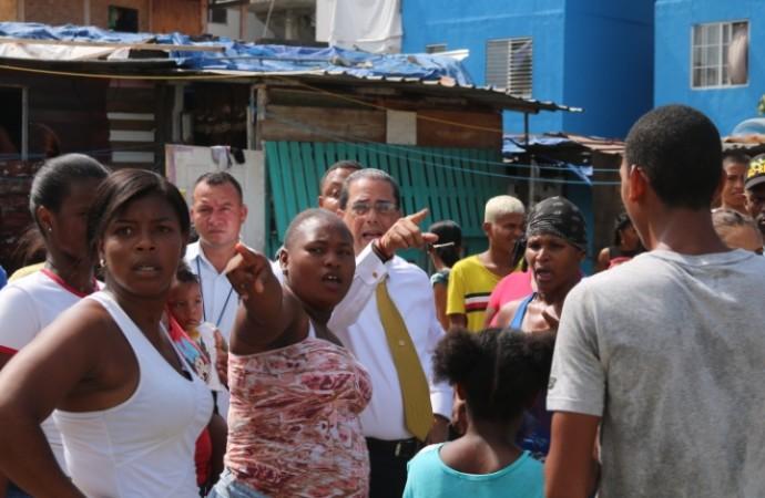 Miviot ofrece solución al problema habitacional en Curundú