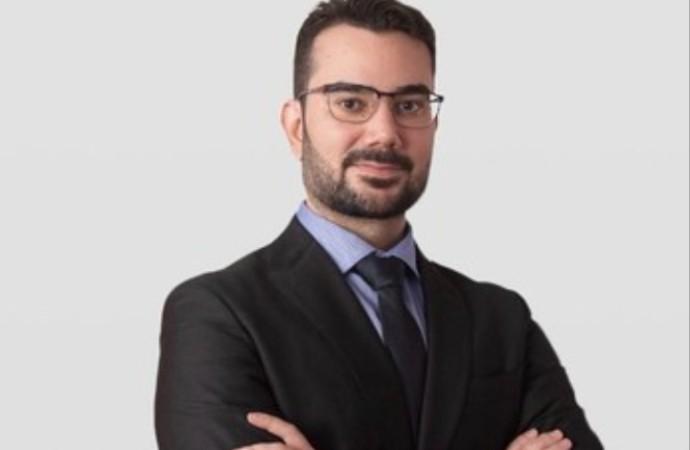 Manoel Valente, jurista brasileño, publicó libro sobre la propiedad privada inmueble y se convirtió en referencia internacional en la materia