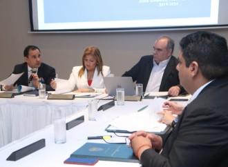 Samudio preside primera reunión del Consejo Nacional de Tierras