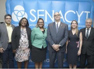 La SENACYT presenta oportunidades para estudiar, investigar, innovar y emprender