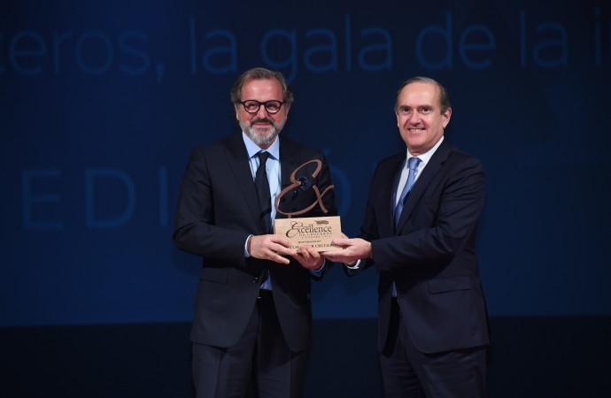 Pullmantur Cruceros reconocida con el Premio Excellence a la Mejor Tripulación y a la Mejor Compañía para el Primer Crucero