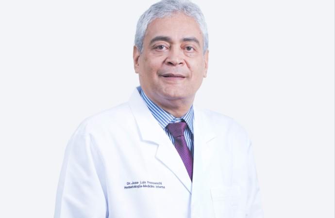 Colegio Americano de Médicos Capítulo de Centroamérica reconoció a doctor panameño