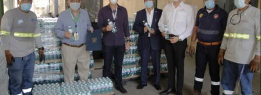 Cervecería Nacional manifiesta su apoyo a los Héroes de la Salud con la primera entrega de 110,000 unidades de agua CN