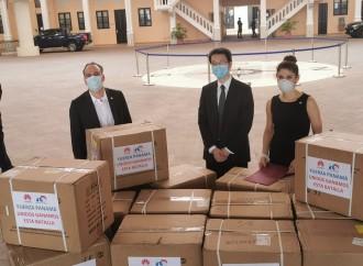 Huawei realiza donación de cincuenta mil mascarillas
