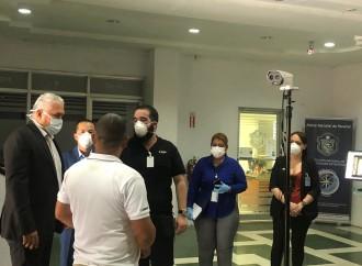 Dahua Technology Panamá entrega donación de cámara térmica para medición de temperatura corporal al Ministerio de Seguridad Pública