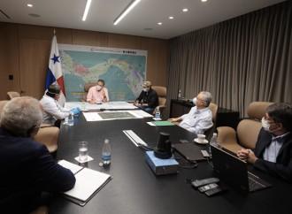Presidente Cortizo Cohen se reúne con directivos del IDAAN