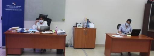 Autoridades afinan detalles para capacitación virtual de docentes durante la suspensión temporal de clases