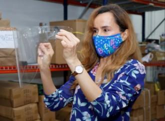Cervecería Nacional entrega máscaras sanitarias al personal de salud, elaboradas con plástico 100% reciclado