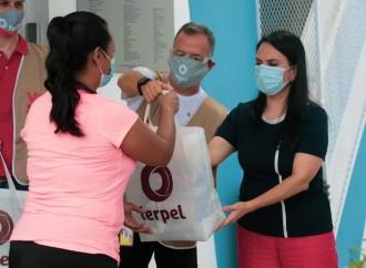 MIDES en alianza con TERPEL entregan 300 bolsas de comidas en comunidad del corregimiento de El Chorrillo
