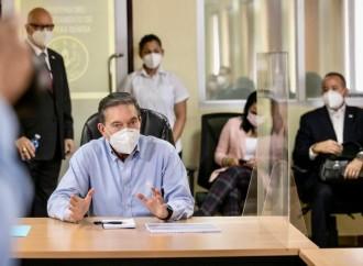 Gobierno reforzará personal médico en la lucha contra el Covid-19