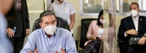 Presidente Cortizo Cohen visita mesa de compras COVID-19 y centro para el control de trazabilidad