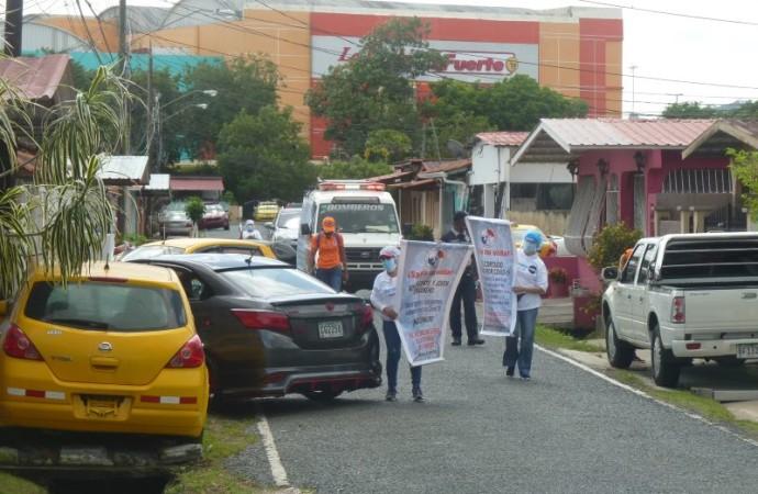 Barrido comunitario contra el Covid-19 en Panamá Oeste realizan enfermeras