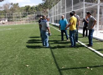 Comunidad de Guna Nega en Ancón contará con cancha sintética de fútbol