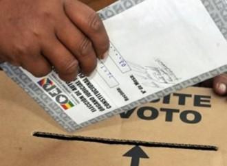 Bolivia amanece hoy con históricas elecciones de referendo