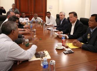 Ejecutivo instalará mesa de diálogo con transportistas del interior