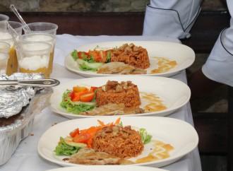 """Patronato de Nutrición otorgó """"Premio de Grandes Pasos"""" a jóvenes del Centro de Cumplimiento de Pacora"""