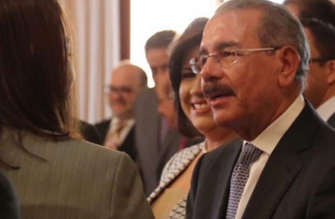 Presidente Medina va al frente en resultados escrutados del proceso electoral en República Dominicana
