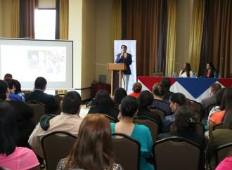 Protección y Acceso al Derecho para personas Refugiadas es abordada en conversatorio interinstitucional