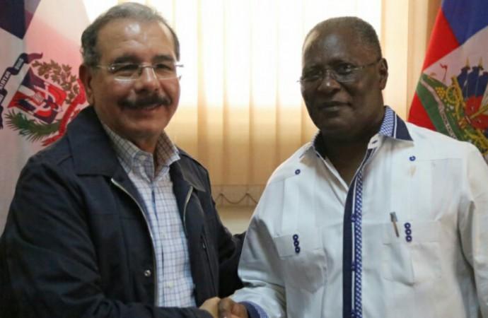 Presidente Danilo visita Haití en solidariza por tragedia causada por Matthew