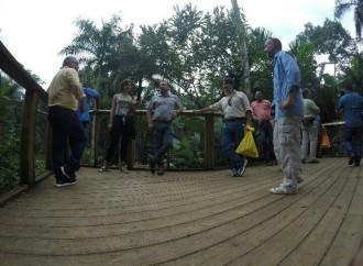 Especialistas internacionales en temas de Zoológicos visitanel Summit