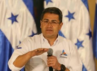 Presidente Hernández:Poder Ejecutivo no participa más en reuniones con bancos sobre tarjetas de crédito