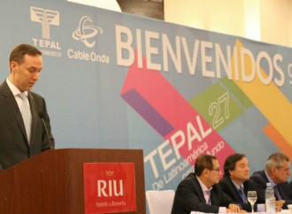 Gobierno de Panamá reitera compromiso de impulsar el desarrollo del sector telecomunicaciones