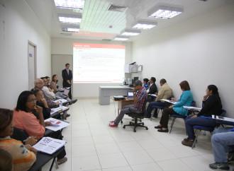 Perú brinda asistencia técnica a Panamáen materia de estadística laboral
