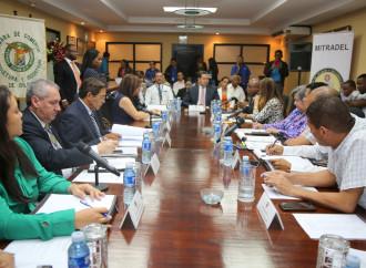 En Colón Comisión de Salario mínimo escuchó planteamientos de empleadores y trabajadores