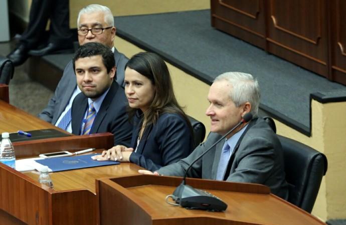 Aprueban en tercer debate proyecto de Ley que otorga personería jurídica al ITSE