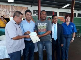 Gobierno paga B/.1.3 millones a los propietarios de tierras en la zona bananera del Barú