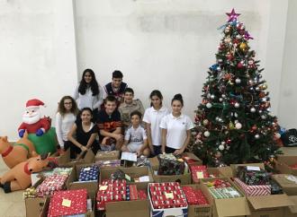 El MET regala alegría en esta navidad a Aldeas Infantiles SOS