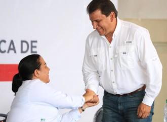 Ricardo Pinzón es nombrado viceministro de Infraestructura Educativa y María Lourdes Peralta en la UCIP