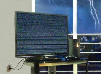 Consejos para proteger sus equipos electrónicos en época lluviosa
