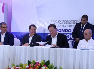 Presidente Varela firma reglamento del Fondo de Promoción Turística Internacional