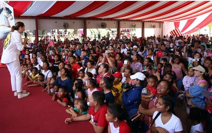 Primera Dama inicia actos de celebración del Día del Niño