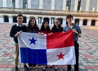 Selección Panameña de Debate Escolar participa del Campeonato Mundial de Debate Escolar 2019
