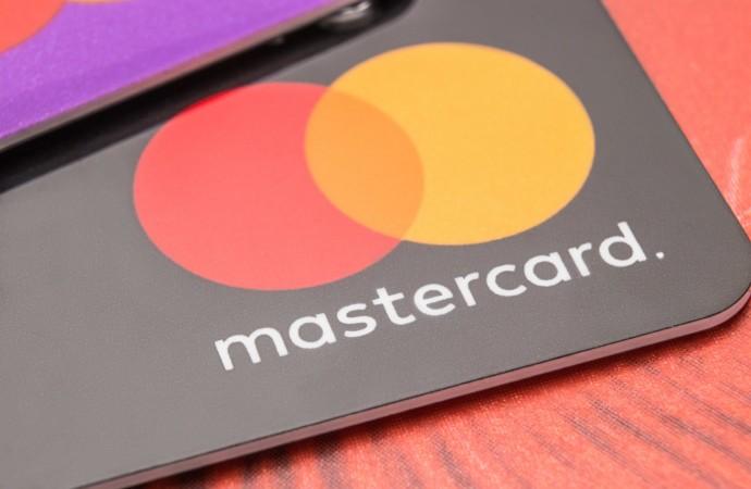 Mastercard presenta una nueva herramienta de cálculo de carbono para los bancos de todo el mundo