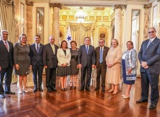 Gobierno otorgará becas para fortalecimiento de formación docente
