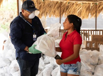 Por tierra, aire y vía marítima, Panamá Solidario llega a Darién y comarca Emberá-Wounaan