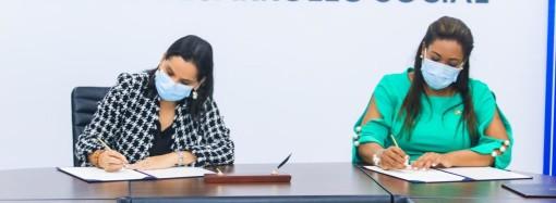 MIDES y SENADIS firman convenio para promover la inclusión social de personas con discapacidad
