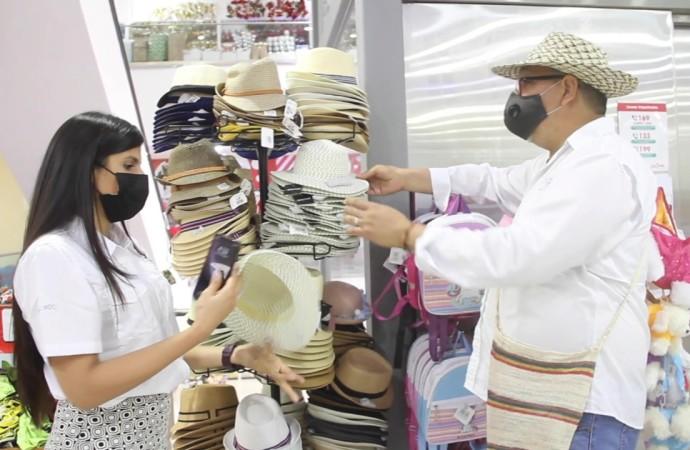 Realizan inspecciones a comercios que venden imitaciones de productos artesanales