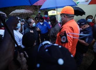 Operación Patria: MIVIOT desaloja familias vecinas a Escuela Martin Luther King para evitar tragedia