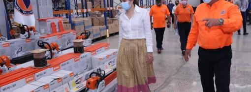 Ministra de Gobierno entrega equipos e insumos de trabajo al Sinaproc