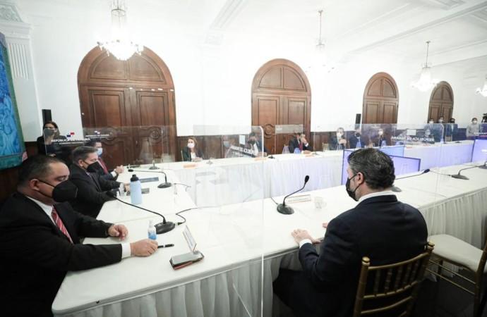 Presidente Cortizo Cohen suscribe acuerdo que extiende hasta junio de 2021 el uso de banda ancha de internet